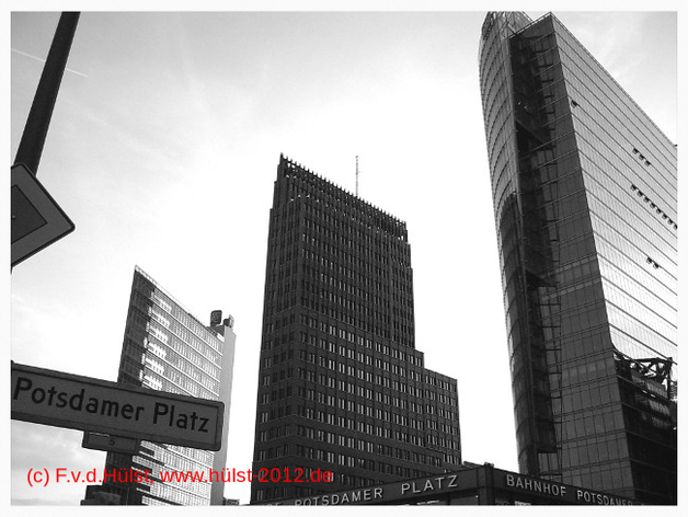 2007 Berlin, www.hülst-2012.de